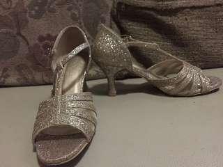 GOOD AS NEW Parisian Dance Shoes