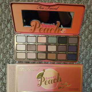 Brand new Too Faced peach eyeshadow palette