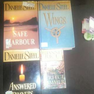 3 DANIELLE STEEL HARDBOUND PLUS 1 POCKET BOOK