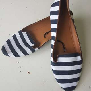 H&M ladies boat shoe