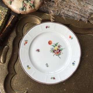 德國皇家瓷器Nymphenburg寧芬堡手繪五彩花卉浮雕瓷盤