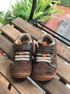 Stride ride baby boy shoes