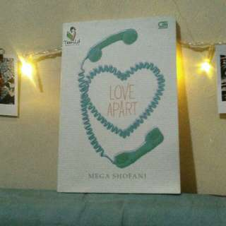 "REPRICE Novel teenlit ""LOVE APART"""