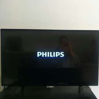"""Philips 43"""" Smart TV 6100 Series FullHD with Pixel plus HD"""