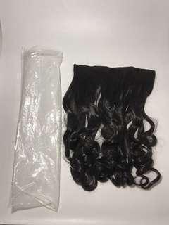 Hair extension curly hitam