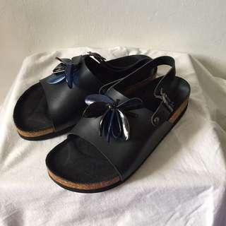 2Me Sandal