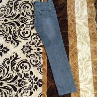 Girl Jeans (Incl postage)