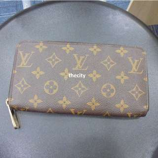 AUTHENTIC LOUIS VUITTON MONOGRAM ZIPPY WALLET