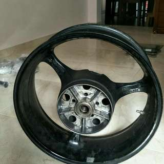 Suzuki GSXR 1000 rear Rim wheel