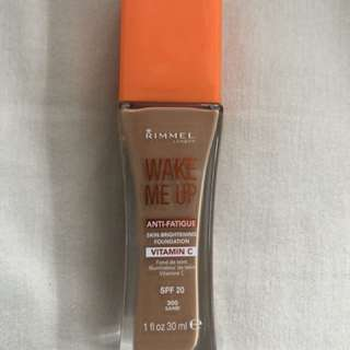 RIMMEL Wake Me Up Foundation in Sand