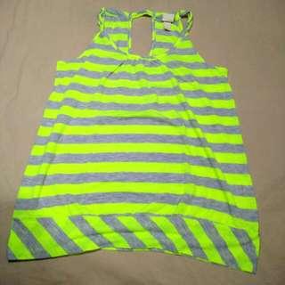 Long sleeveless tops
