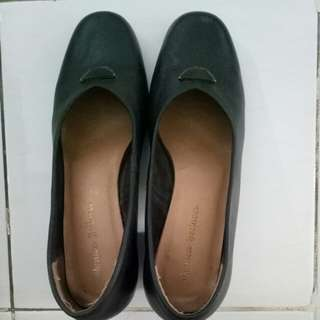 Formal shoes size 40