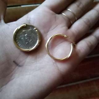 OnHand Gold Earrings