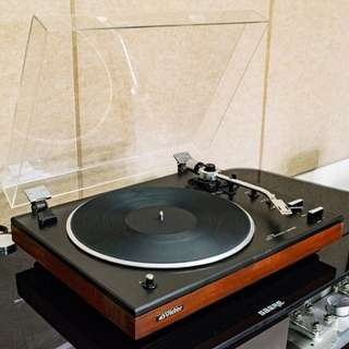 Victor (JVC) JL-F30 Belt Drive Fully Automatic Turntable