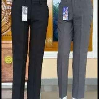 Celana kerja wanita