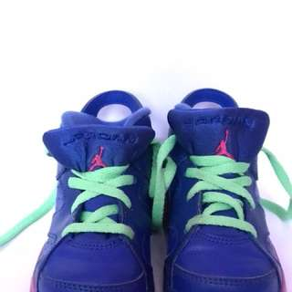 Jordan Retro 6 // Size US 8C/UK 7.5/ EUR 25