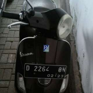 VESPA PIAGGIO SCOOTER LX150 th 2012