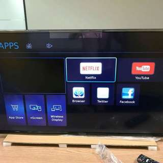 ULTRA LED HD SMART TV