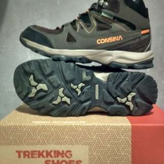 sepatu hiking consina