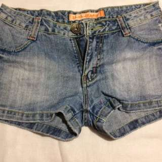 Denim short size 29