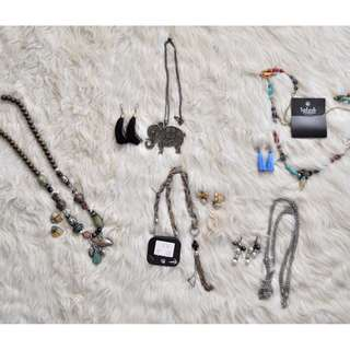 RANDOM PAIRS OF NECKLACES AND EARRINGS :)