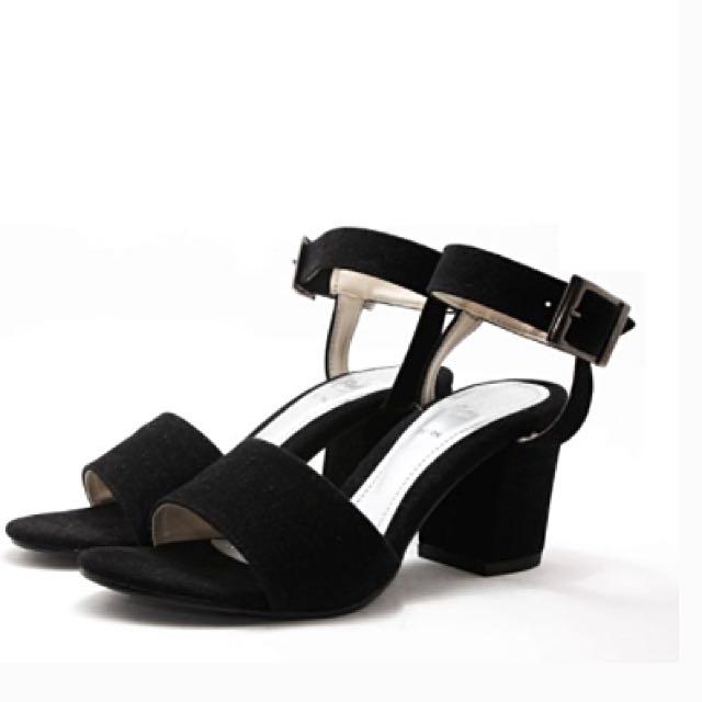 13th Shoes Khansa Heels