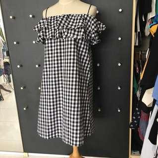 Brand new linen gingham off shoulder dress / tube dress