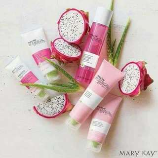 Mary Kay Botanical Effects