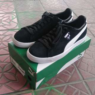 Puma Clyde black and white size Eu 40