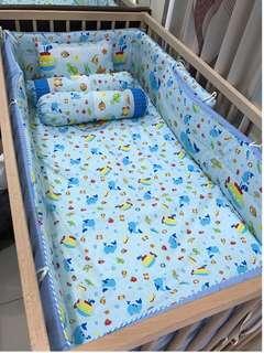 Bumper set. Bamper berukuran standard box bayi 4 meter