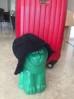 Traveling hat for toddler