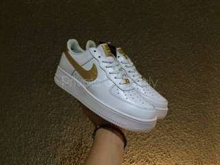 (Hot in Stock) Cristiano Ronaldo 'CR7' x Nike Air Force 1 Low Birthday White Gold