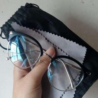 Eyeglasses (REPLACEABLE LENS)