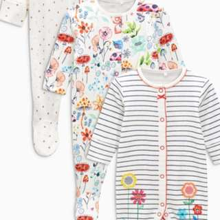 Bright flower sleespsuit 3pack