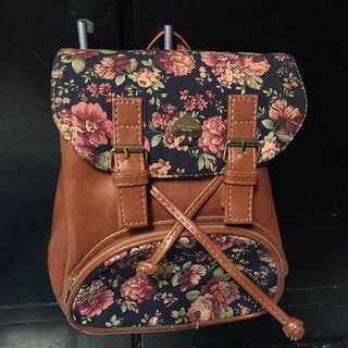 (Non auth) kate spade sling and backpack