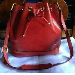Red Pelle  bucket Bag