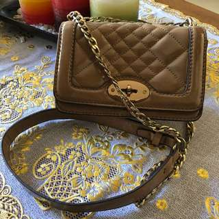 Mango Quilted Sling Bag