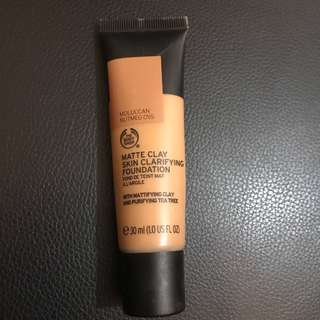 Matte Clay Skin Clarifying Foundation - Moluccan Nutmeg 055