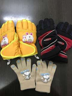 Snow gloves 🧤 for kids 3 pairs