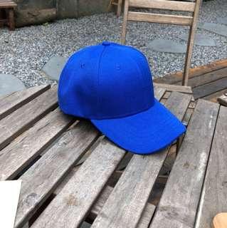 🚚 寶藍色帽子