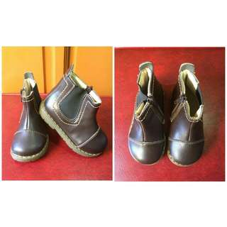 Unisex Boots *Brown