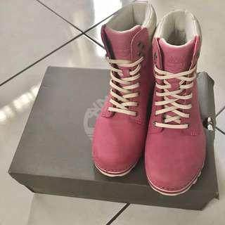 Timberland輕量女靴