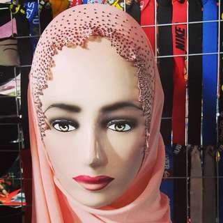 Bella Diamond Shawl