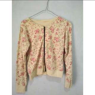 Jaket bunga bunga