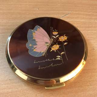Compact Mirror for Solid Make up or Loose Powder