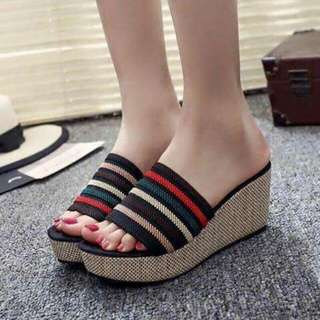 Wedge shoes size 35 to 39