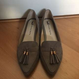 NEW Oriental Traffic Shoes Size 40