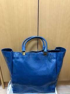 Lanvin 藍色漆皮大袋