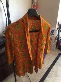 Batik solo simple top