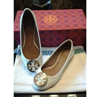 Tory burch shoes.. New without tag.. 💯authentic..
